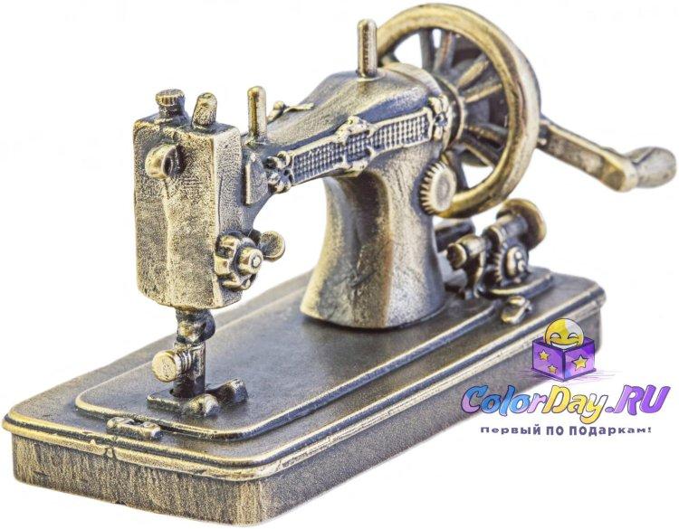 Стих к подарку швейная машинка 93